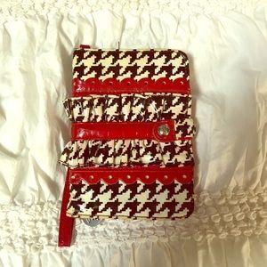 Vera Bradley houndstooth wallet